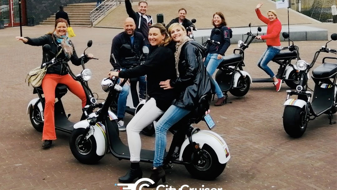 Cruise with E-Scooter